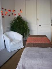 cabinet table de massage